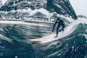 http---cdn.coresites.factorymedia.com-mpora_new-wp-content-uploads-2015-11-WayNorth_AlineBock5_byNickPumphrey_Lofoten-Surfing-Norway-680x454
