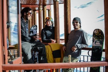 El equipo del Quiksilver Freeride Tour, disfrutando el increíble hotel Portal del Sol, principal de Valle Nevado Ski Resort