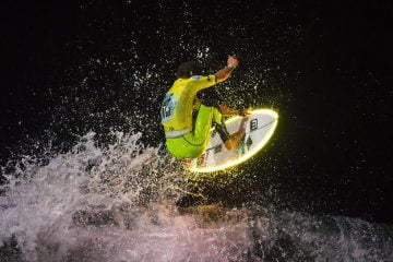JulienThouronNightSurfing-970x544